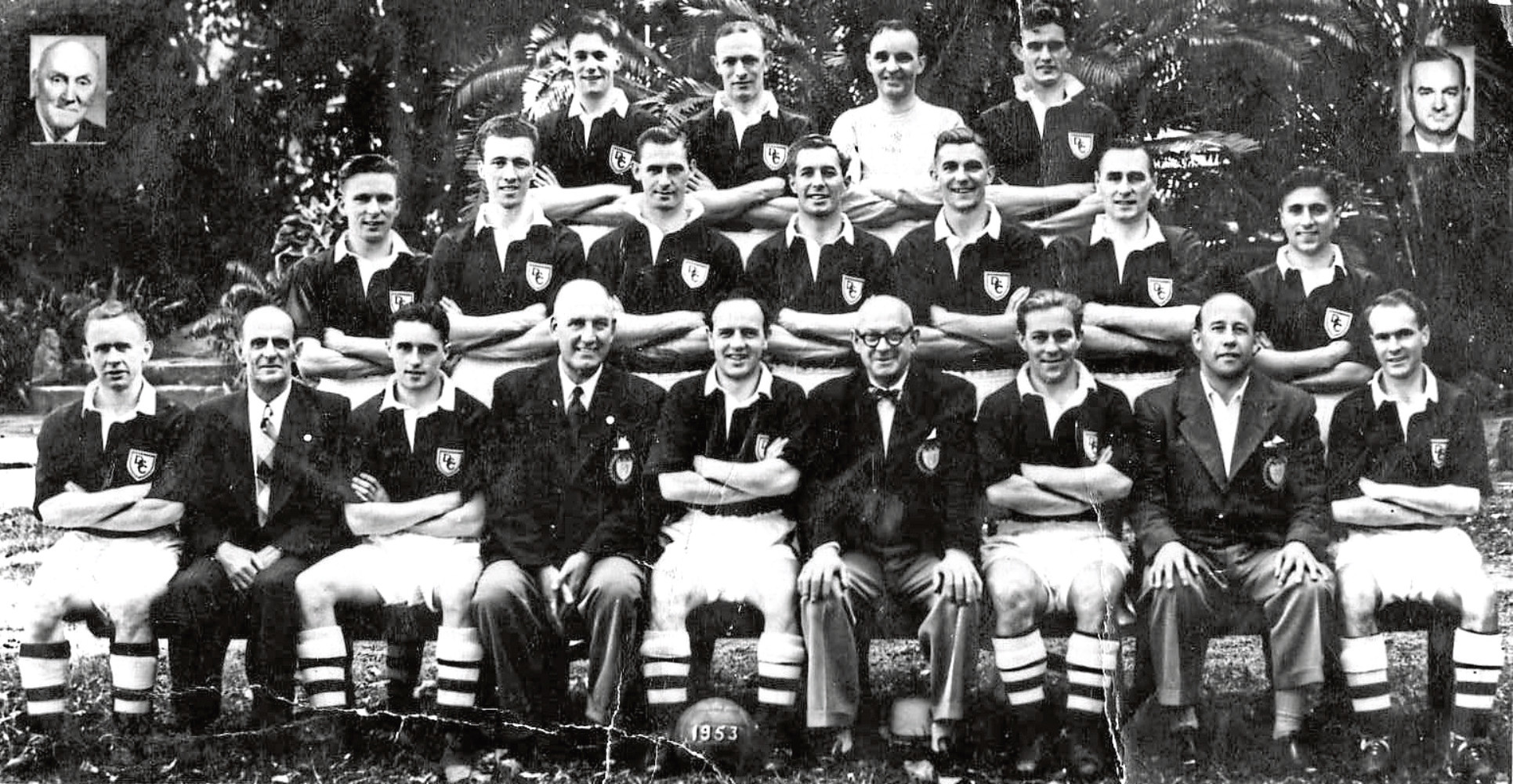 Dundee headed to South Africa in 1953 under management of George Anderson (bottom row with glasses). Photo courtesy of Kenny Ross.