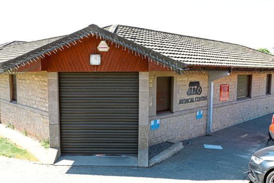 Fintry Mill Medical Centre is to close because of a failure to recruit GPs.