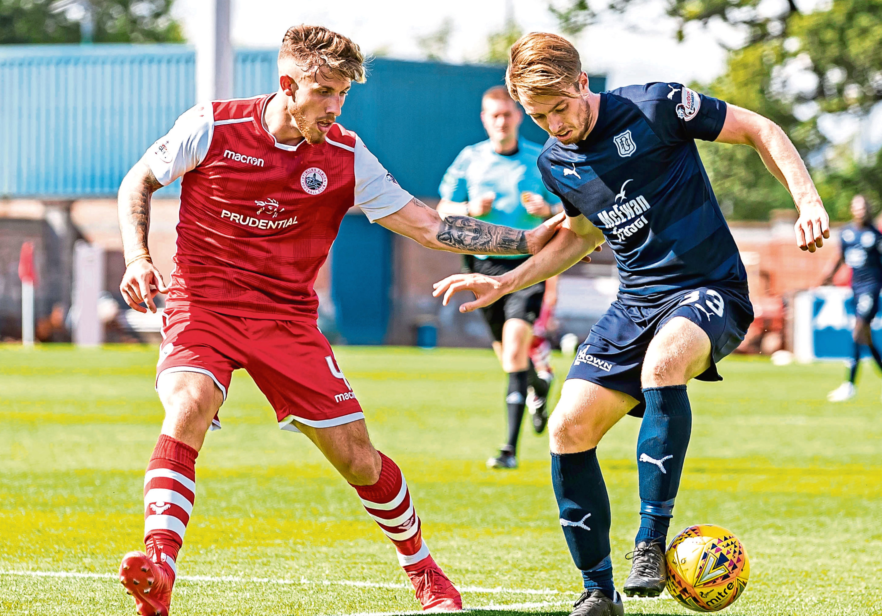 Craig Wighton (right) in action against Stirling Albion