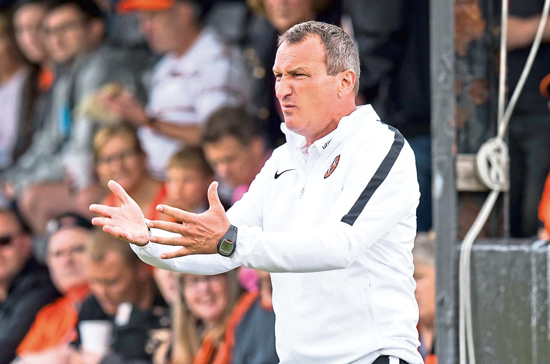 Dundee United manager Csaba Laszlo