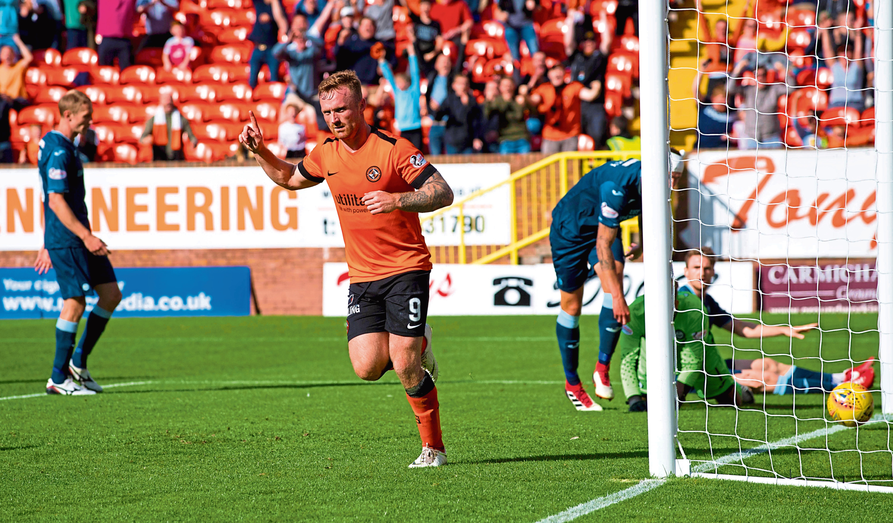 Craig Curran scored Dundee United's third in a 3-1 win over Partick Thistle at Tannadice on Saturday in his return to the fold.