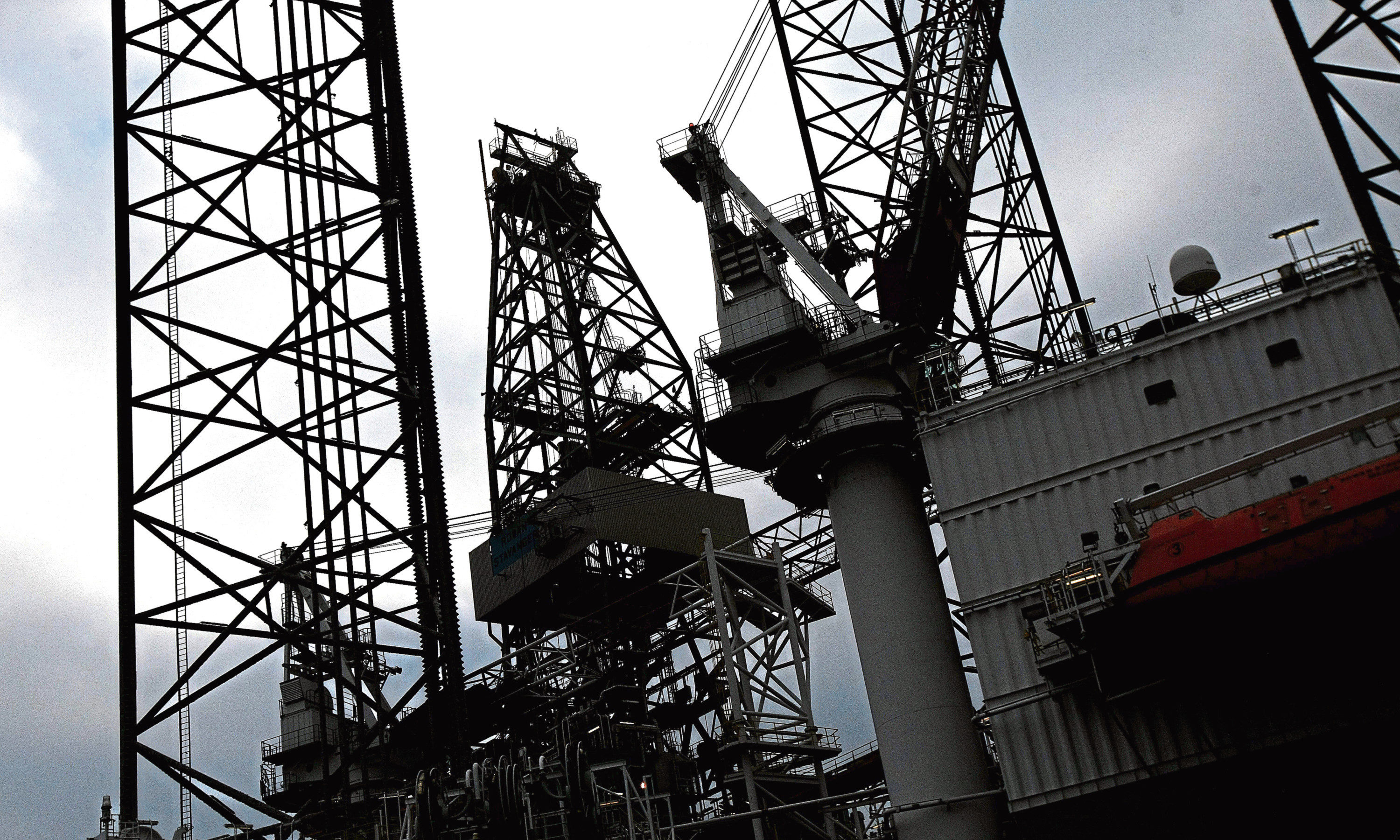 Oil rigs at the Port of Dundee (stock image)