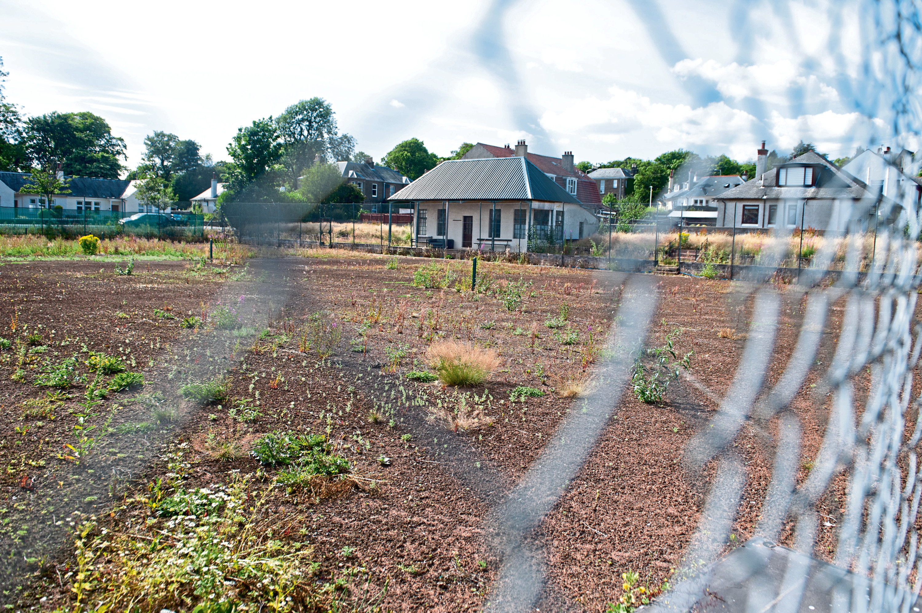 The future of Craigmuir Tennis Club in Maryfield is to be discussed at a meeting on Wednesday evening