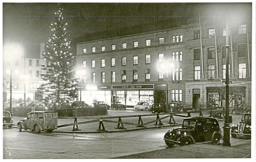 City Square at Christmas 1954