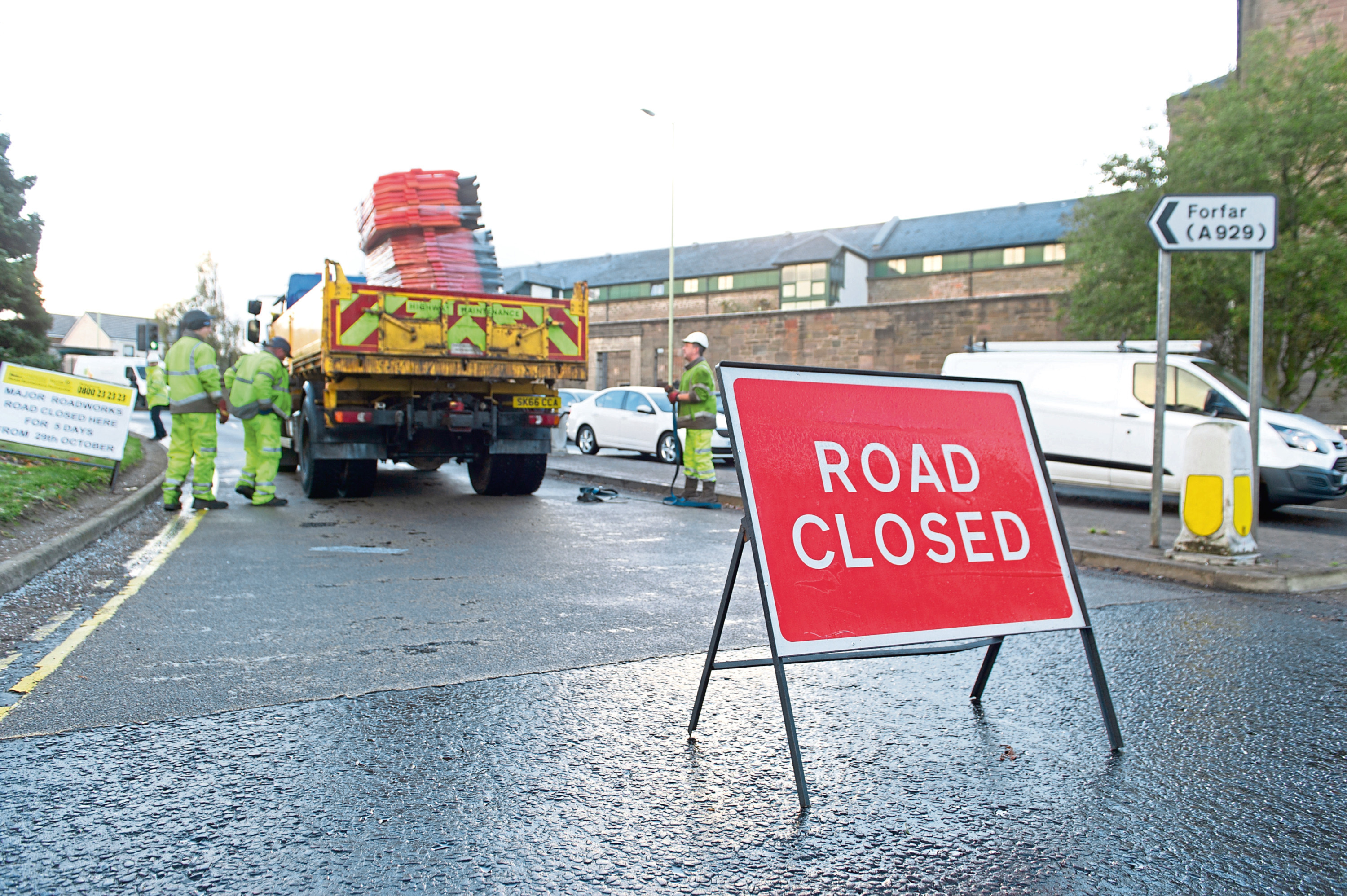 A sign warning drivers of disruption as resurfacing work takes place on Dura Street in Stobswell