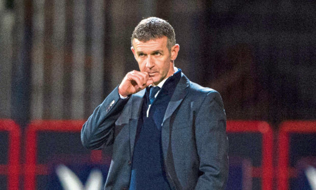 Dundee manager Jim McIntyre on the touchline