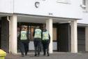 Police presence at Ancrum Court. CR0004431  MEdw.