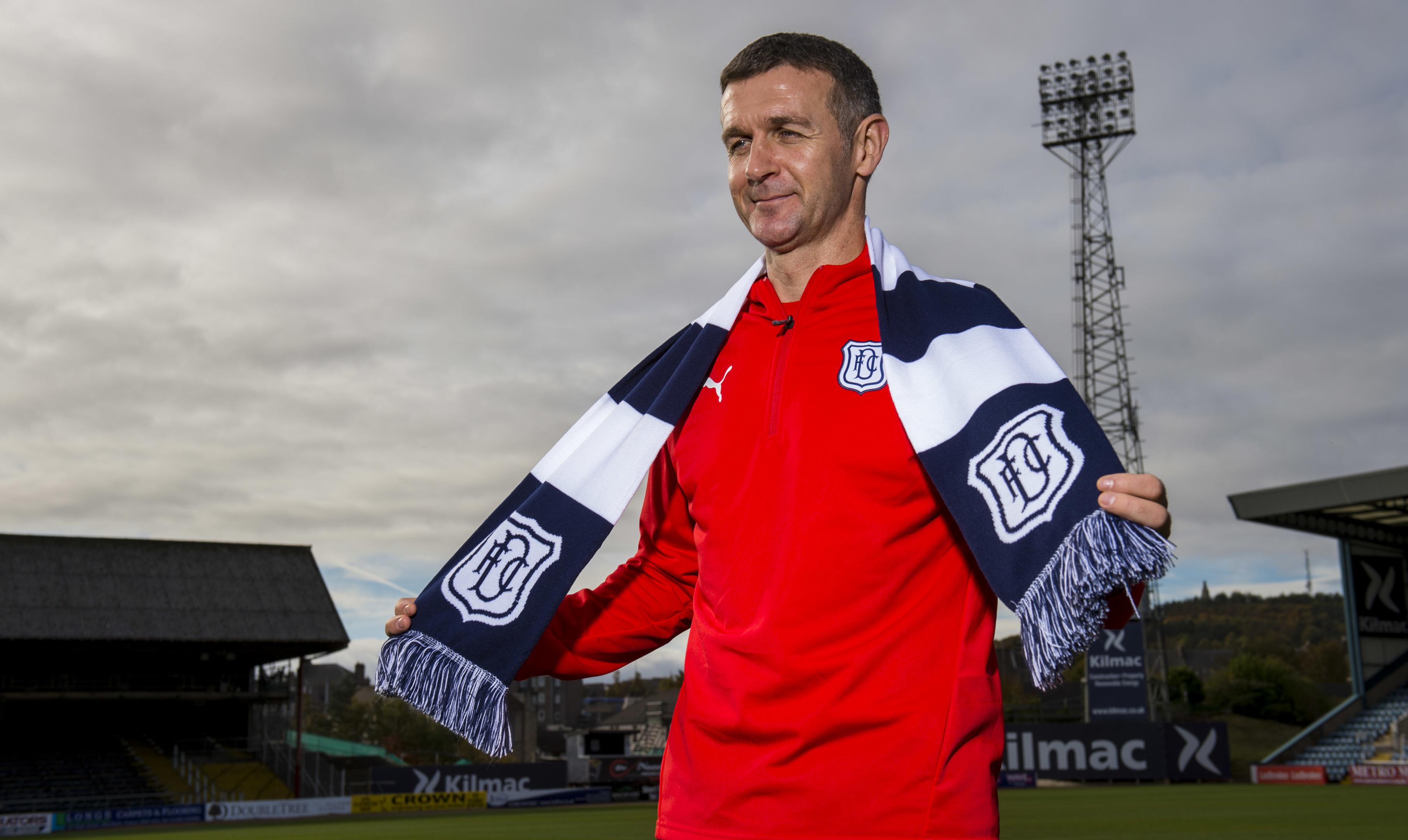New Dundee gaffer Jim McIntyre