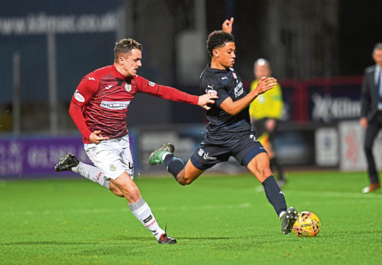 Following a lengthy period on the sidelines due to injury, defender Nathan Ralph put in a solid showing for Dundee as they drew with St Mirren at Dens Park on Saturday.