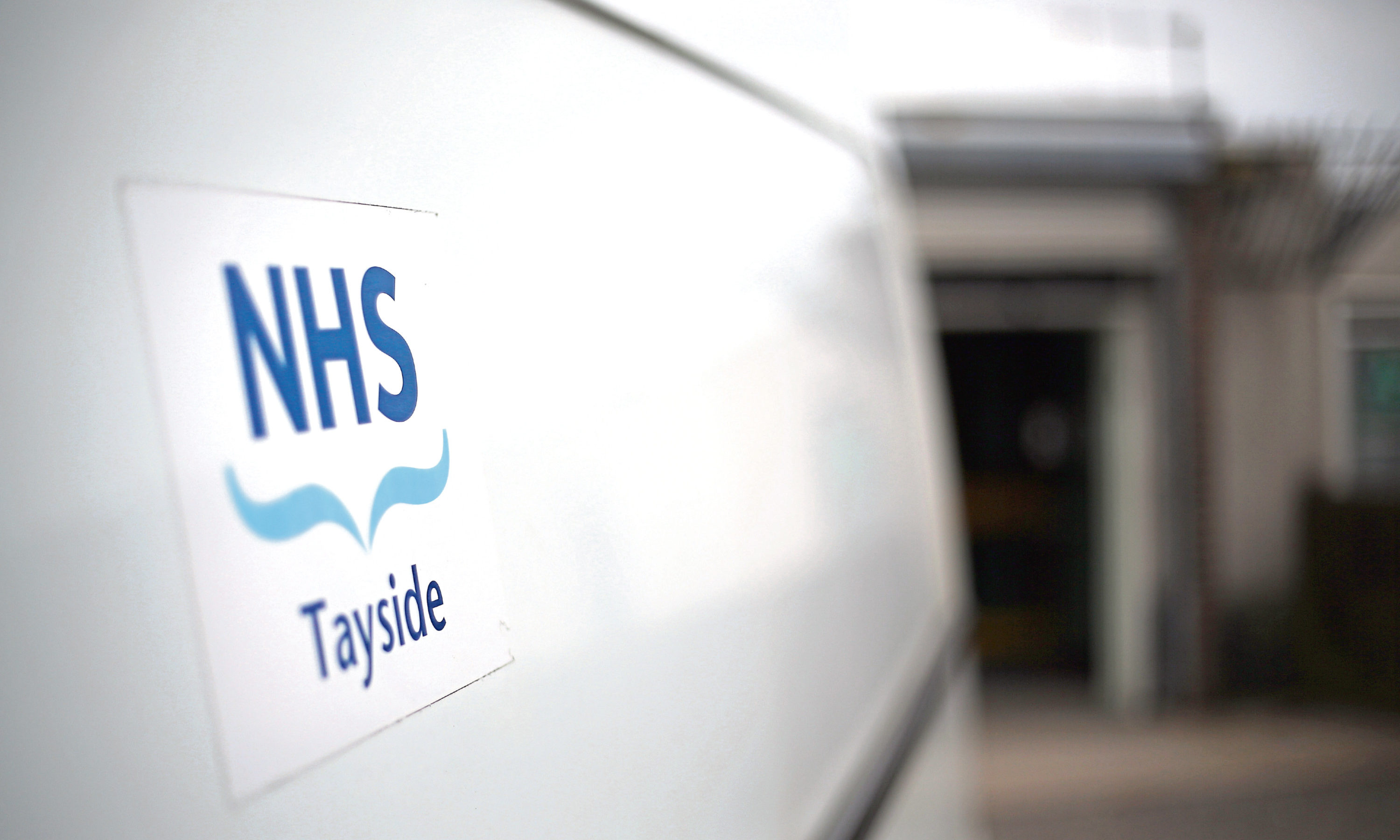 NHS Tayside confirmed it was reliant on temporary staff in its response to a patient's complaint.