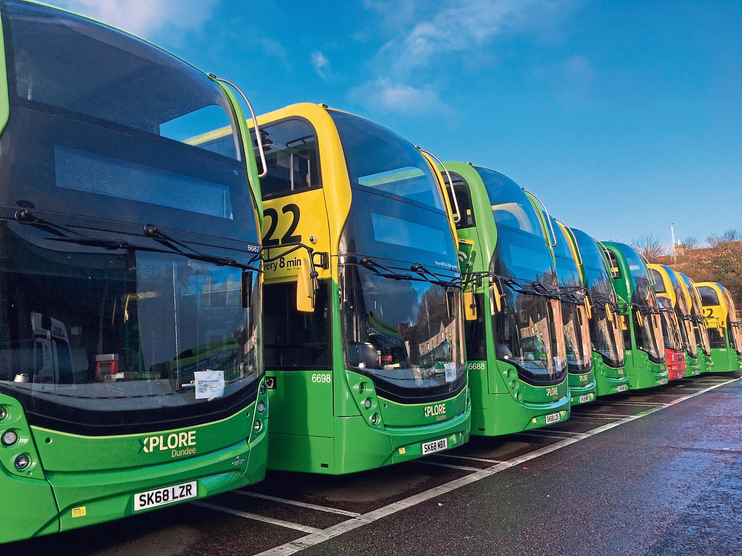Contactless payments will initially be available on Xplore Dundee's new 22 buses