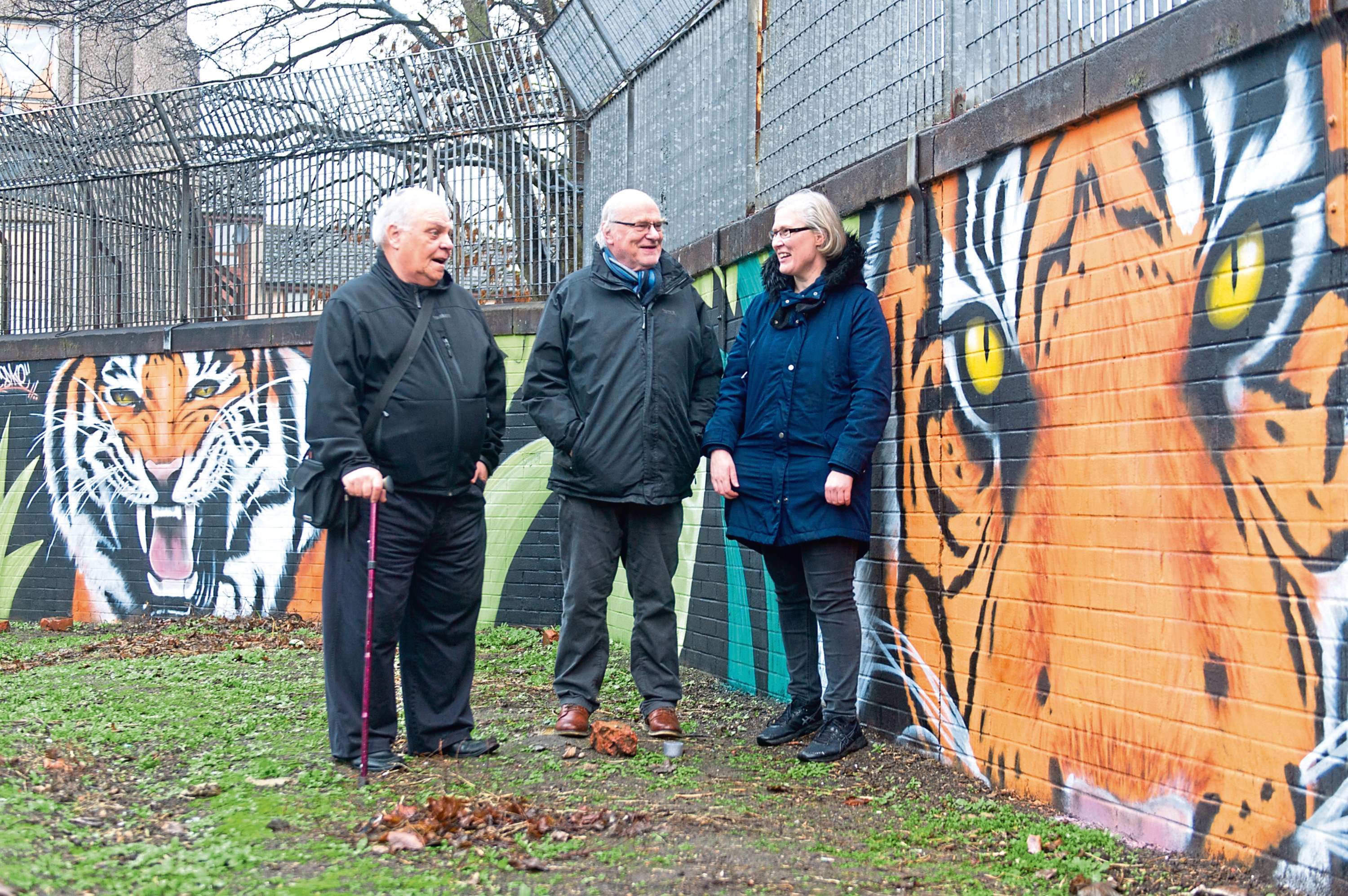 Ian Kinsey, David MacDougall and Nichola Fraser, of the Stobswell Forum committee