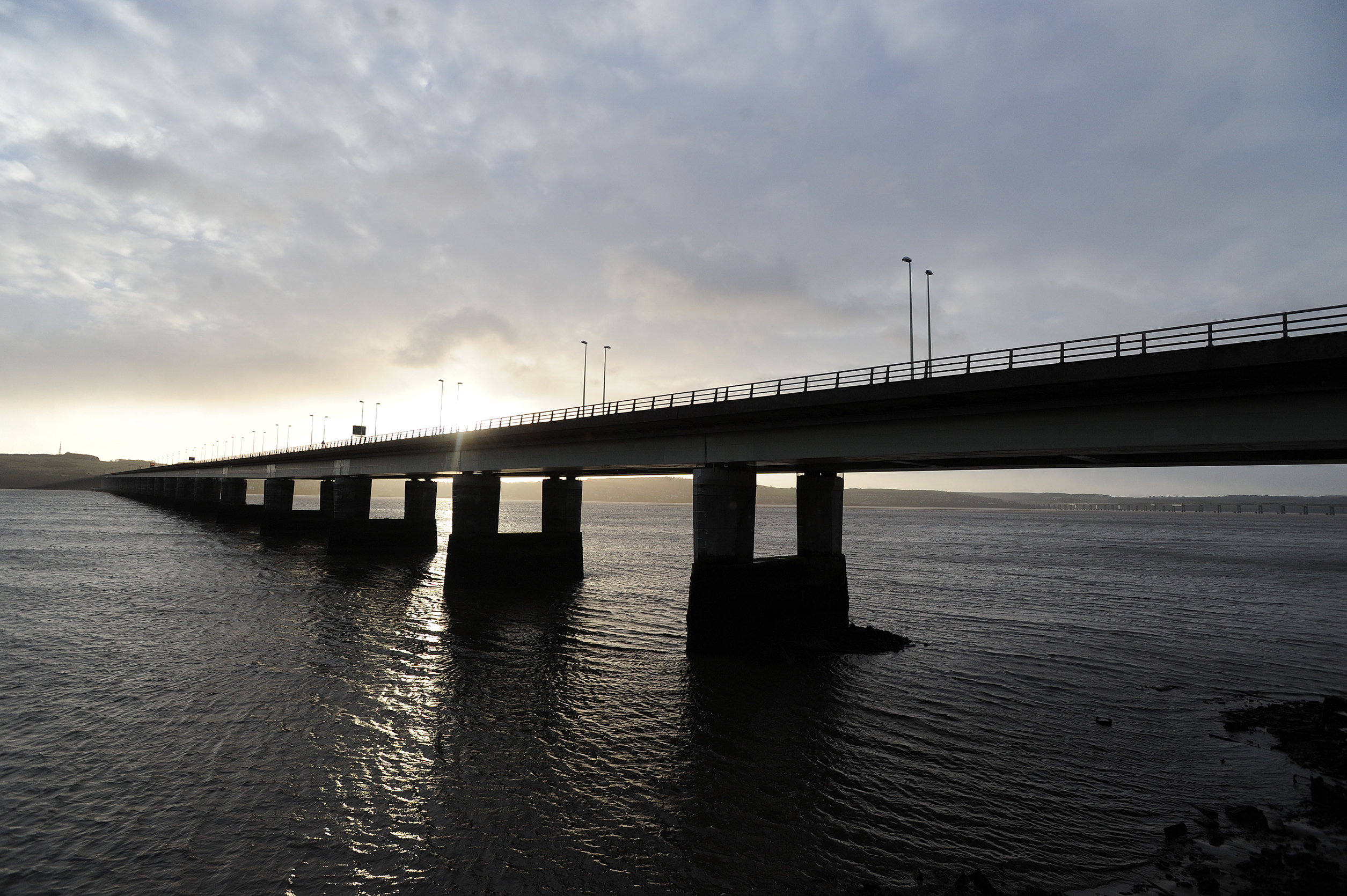 Kim Cessford - 05.12.13 - pictured is the deserted Tay Road Bridge which was closed due to the high winds