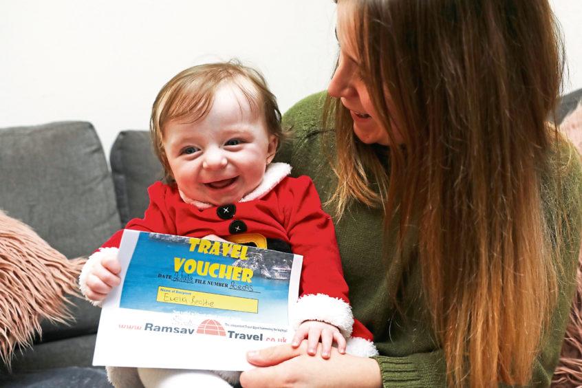 Emelia Beattie with mum Rhianna Quinn. Emelia was the TeleTots winner last year.