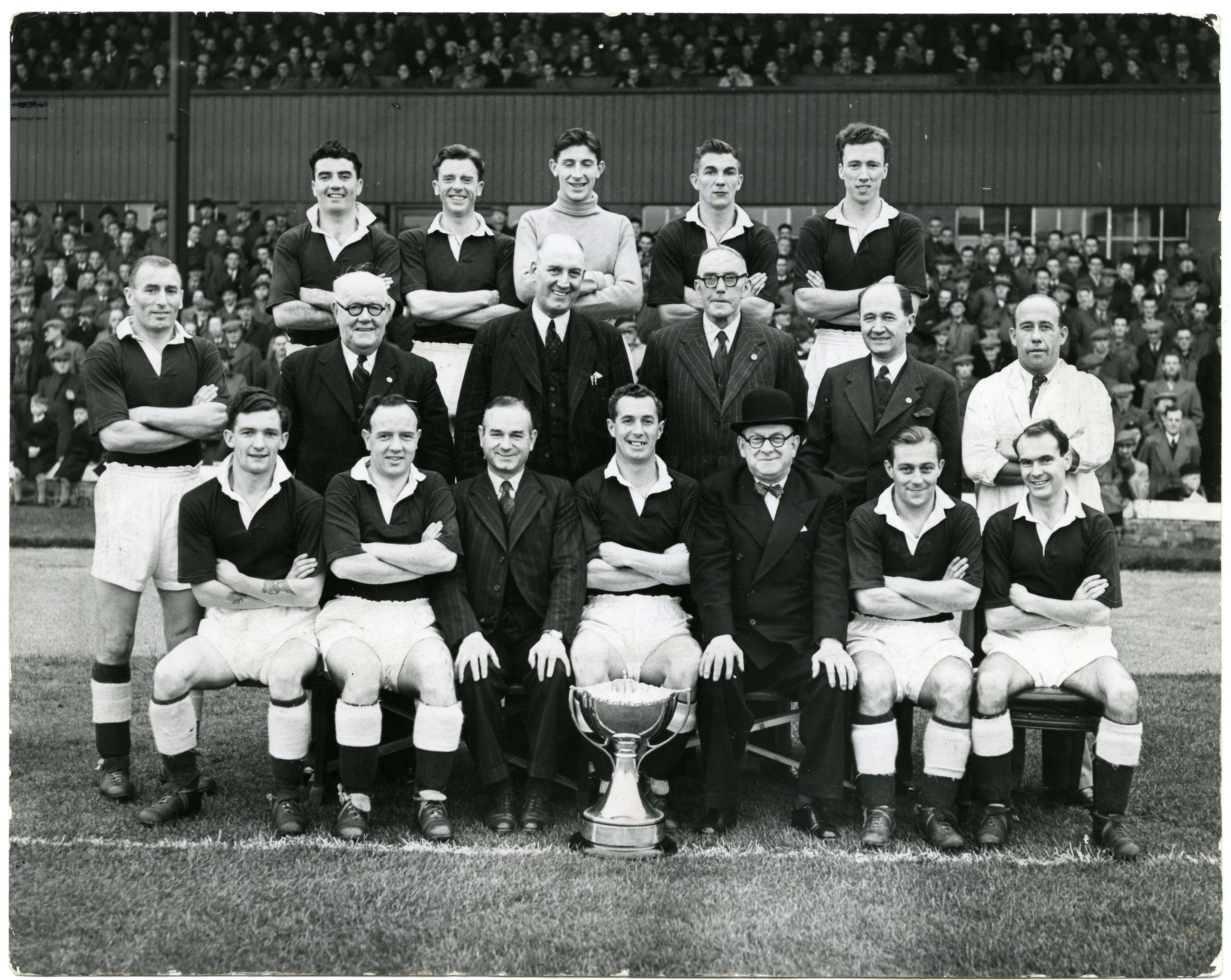 A Dundee team from October 1951, with Follon back row, second left