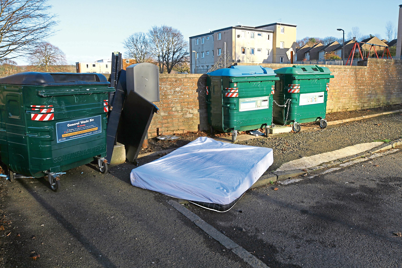 Rubbish on Spey Drive