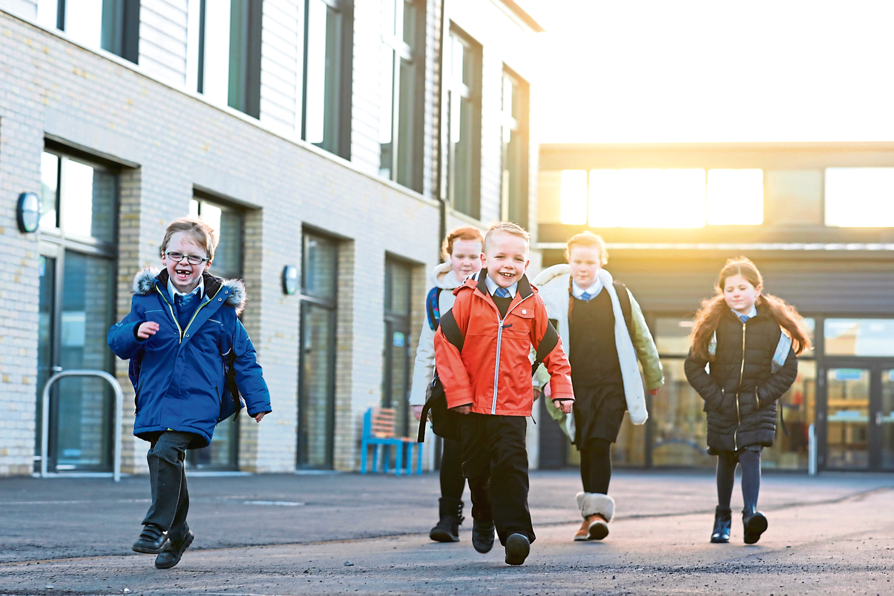 Pupils arriving at Muirfield Primary