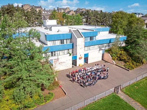 A drone image of Rosebank Primary School