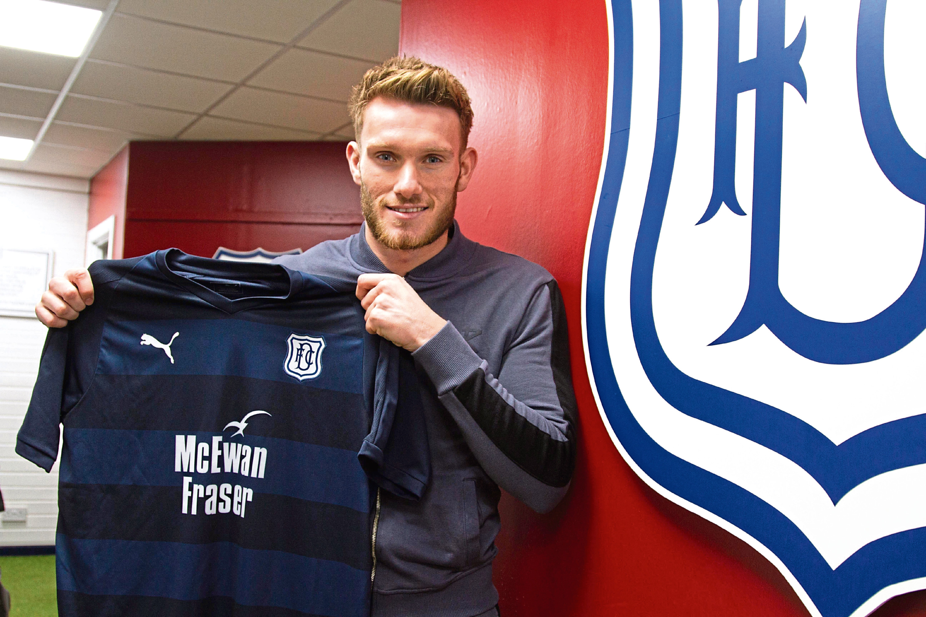 Dundee new boy Andy Dales has joined the Dark Blues on loan from Scunthorpe United until the end of the season