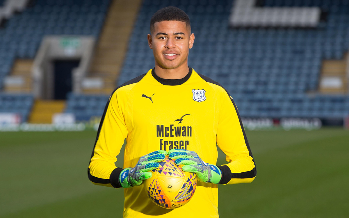 Seny Dieng joins Dundee on a six-month loan from QPR