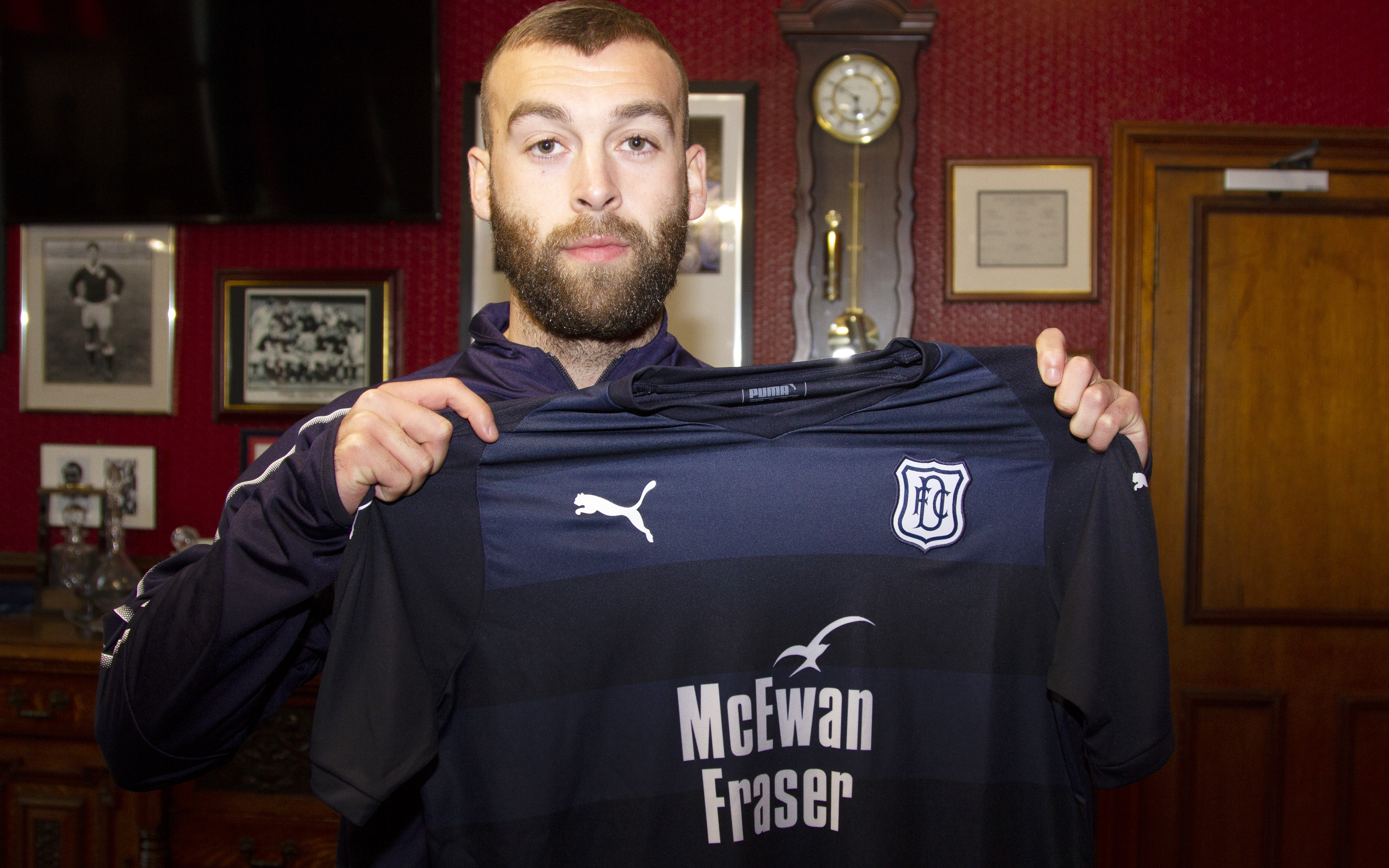 James Horsfield signs for Dundee.