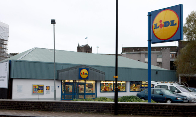 The incident happened at the Lidl store in Dundee's South Ward Road