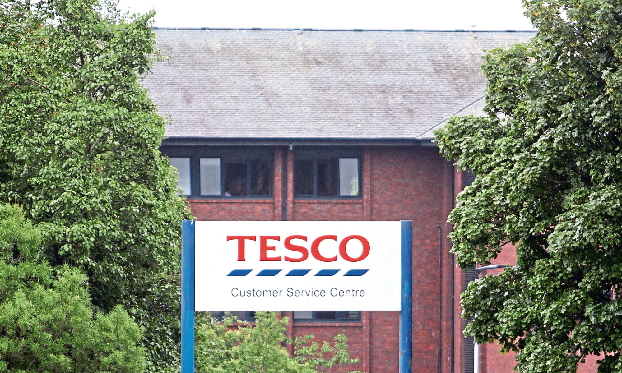Only those with permanent Tesco contracts will receive the bonus