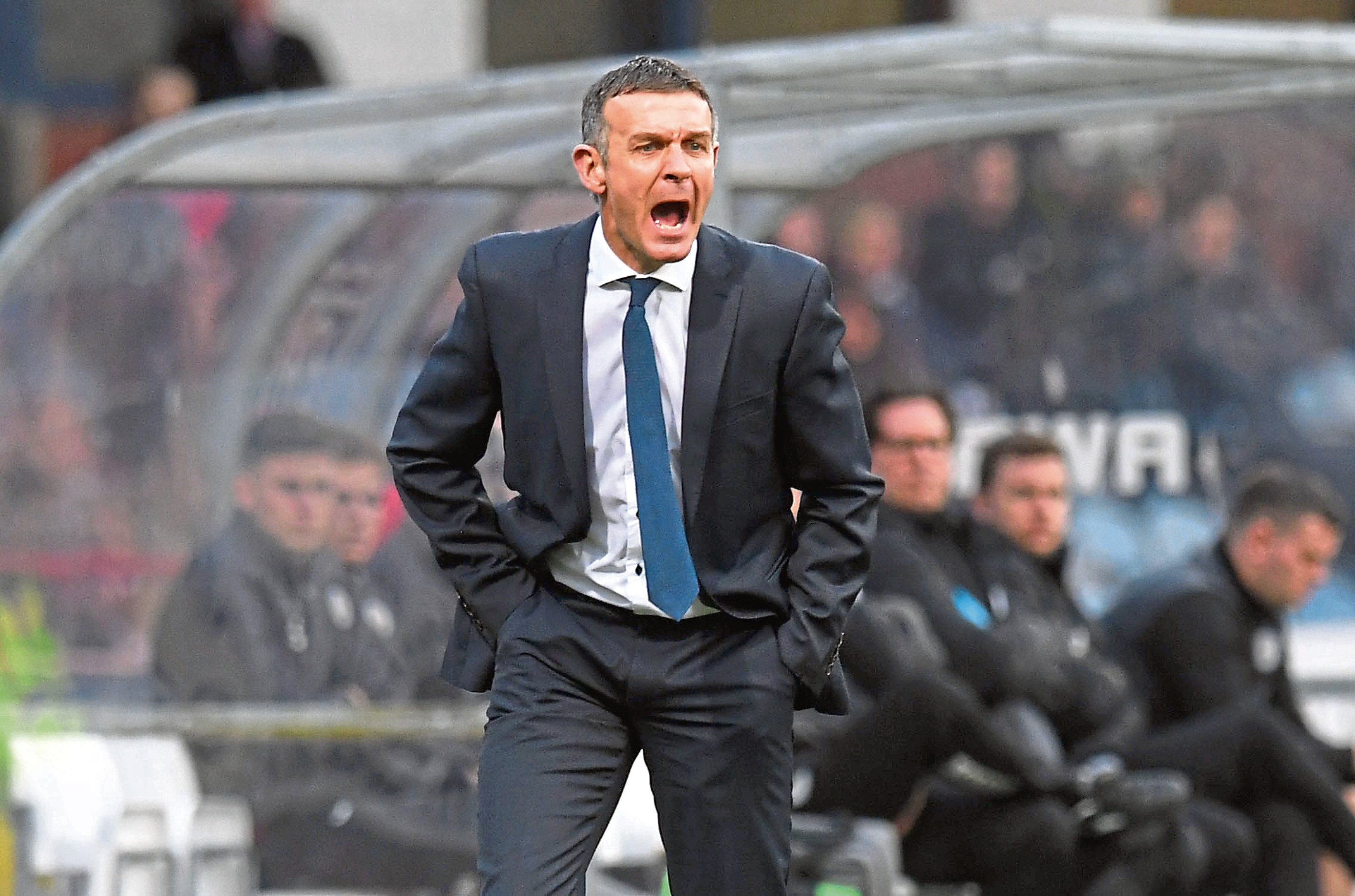 Dundee manager Jim McIntyre is urging his side to give everything.