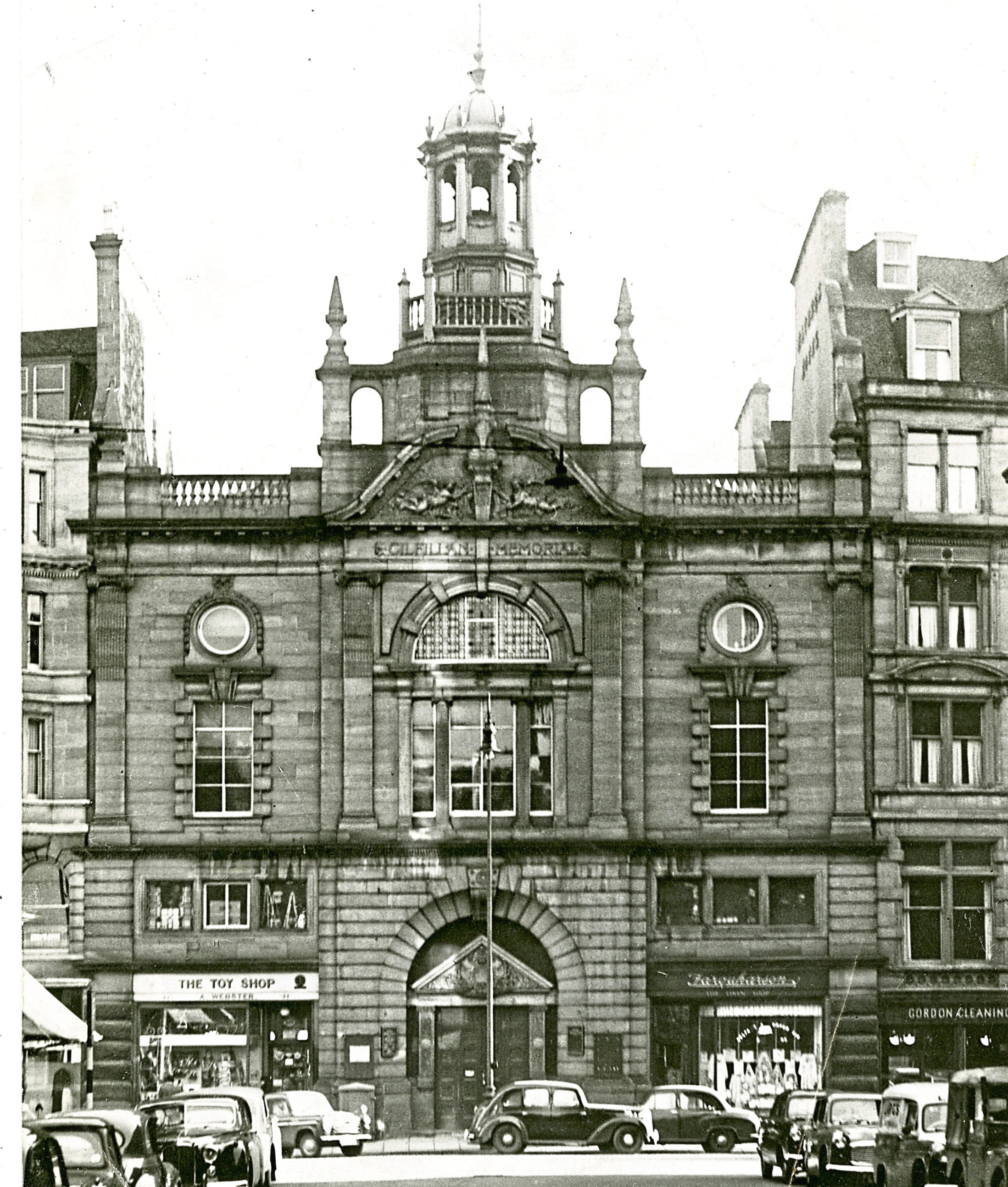 Gilfillan Church, Dundee, in December 1956