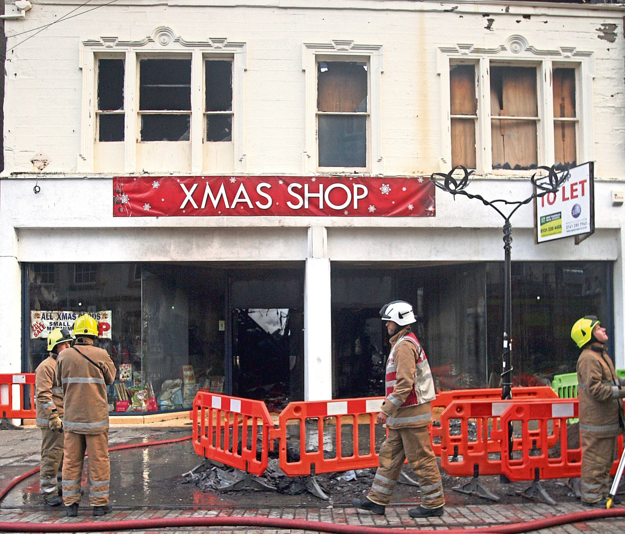 The fire at the Xmas Shop