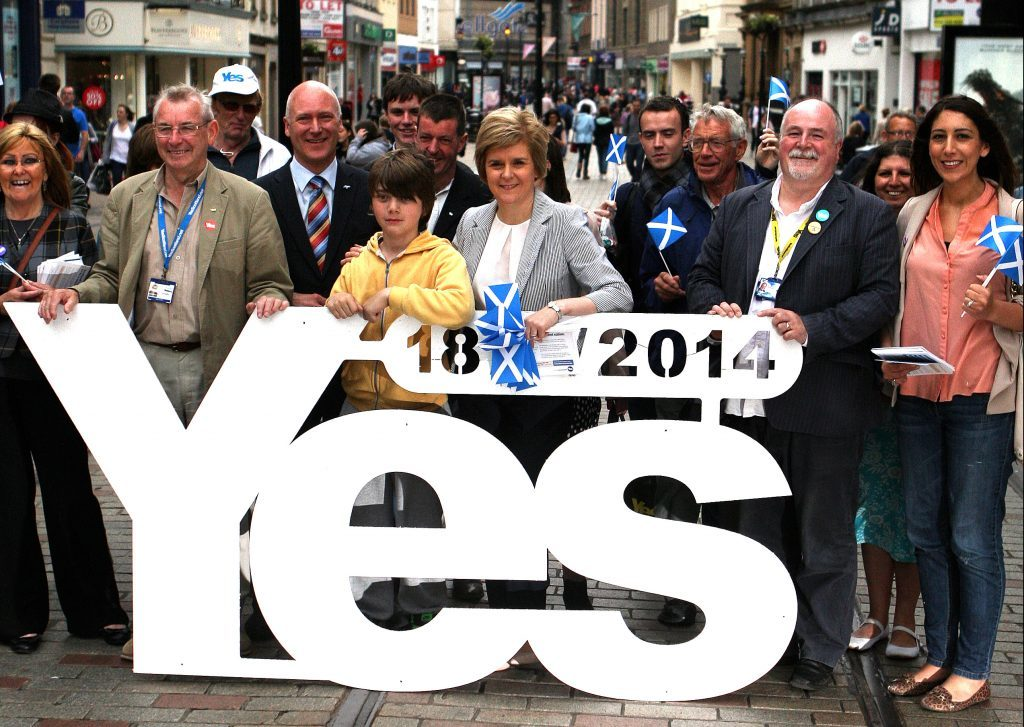 Nicola Sturgeon campaigning in Dundee for a Yes vote in 2014.