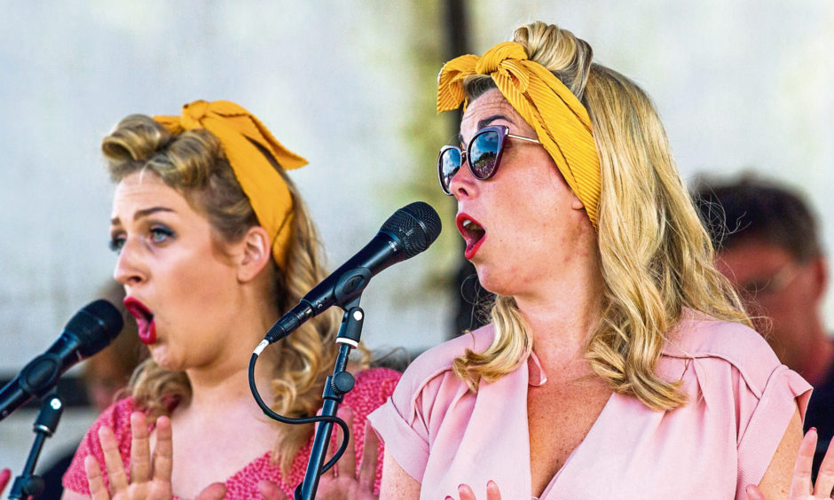Performance by The Vintage Girls.