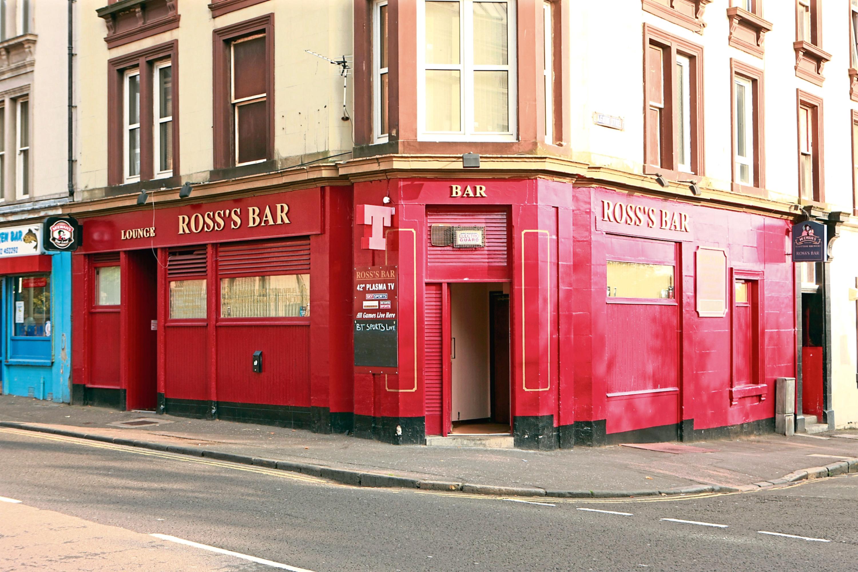 Ross's Bar.