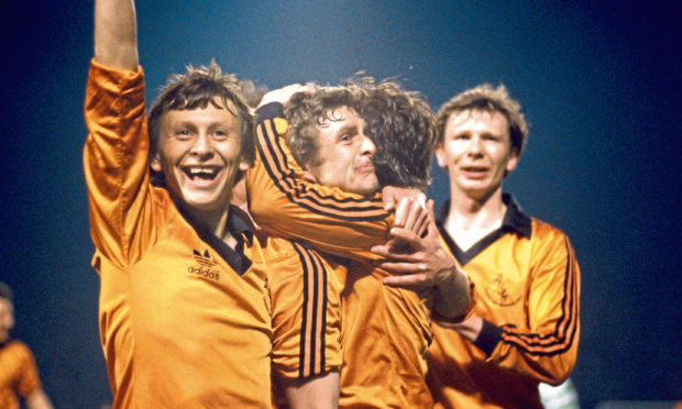 Paul Sturrock (left) with Paul Hegarty and Davie Dodds.