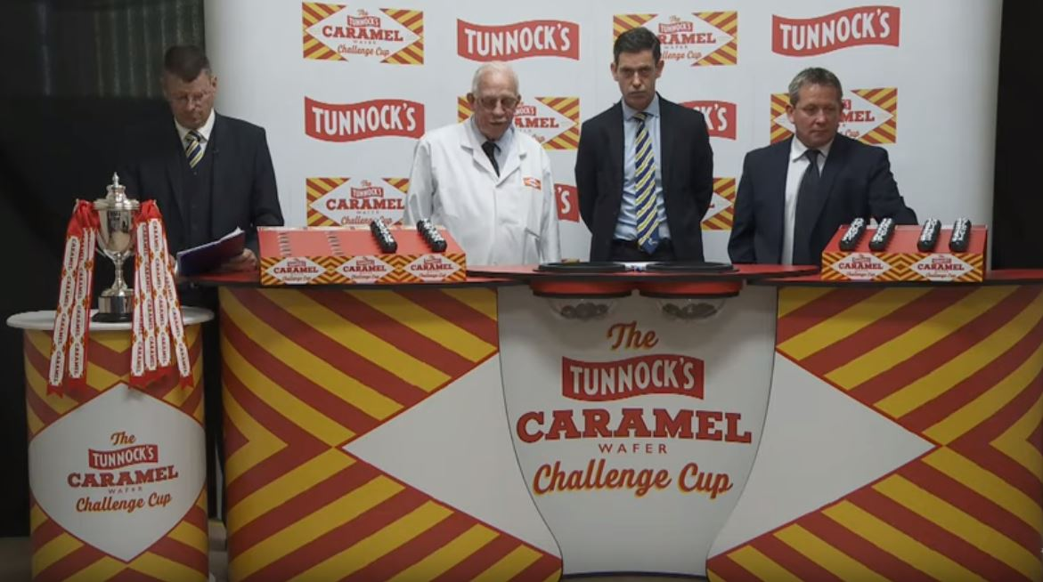 SPFL CEO Neil Doncaster, Sir Boyd Tunnock, Anton Fagan and Billy Dodds make the draw.
