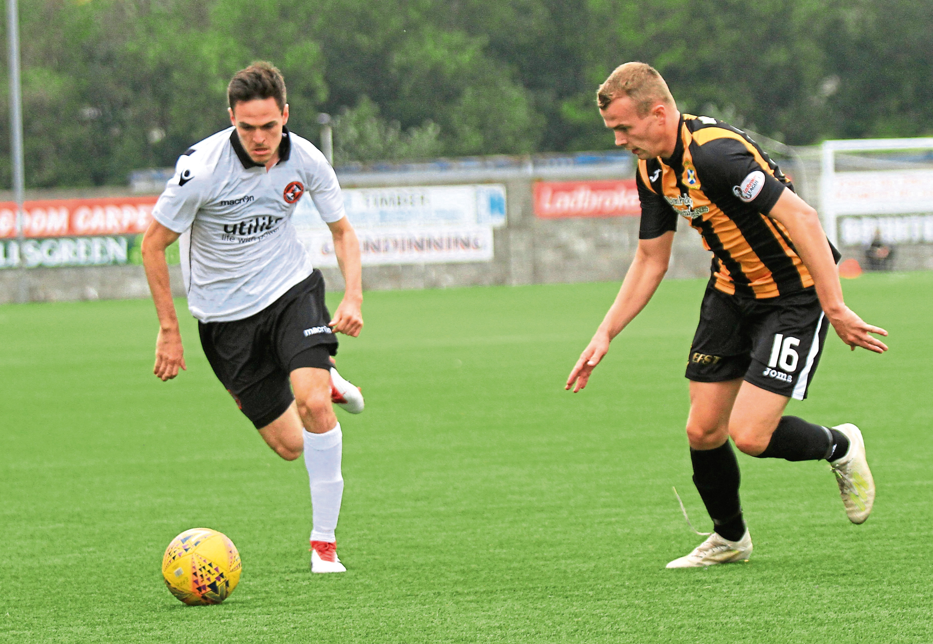 Peter Rundo pic Dundee United's Liam Smith in action against East Fife.