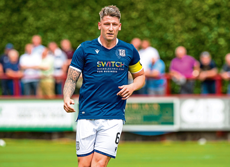 Dundee's Josh Meekings in action.