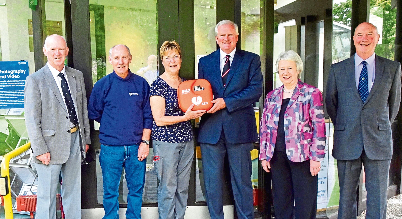 Defibrillator collaboration initiative at Botanic Gardens, Dundee.