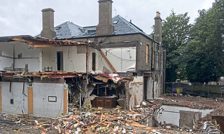 Demolition at the Park House Hotel, Coupar Angus Road.