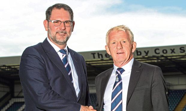 Gordon Strachan (right) with John Nelms.