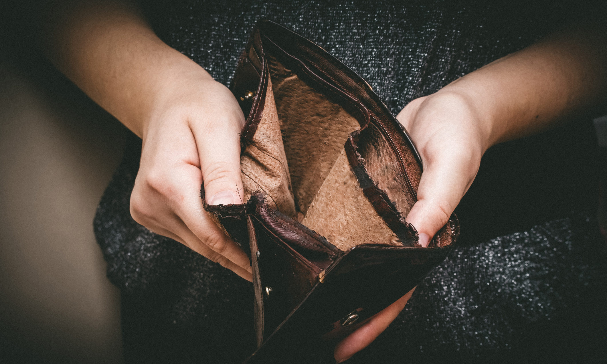 People across the country are struggling to make ends meet. (Stock image).