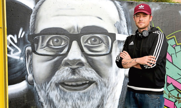 Graffiti artist Symon Mathieson, known as SKYE, painted a mural to 'Breeks' following his death.