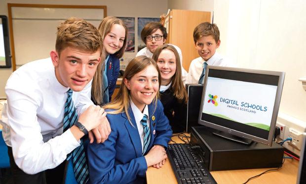 Grove pupils Fraser Levack, Zoe Fordyce, Ella Matthews, Mia Keith, McKenzie Allen and Thomas Kobine.