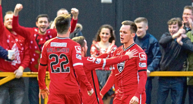 Paul McMullan and Lawrence Shankland in their time at St Mirren.