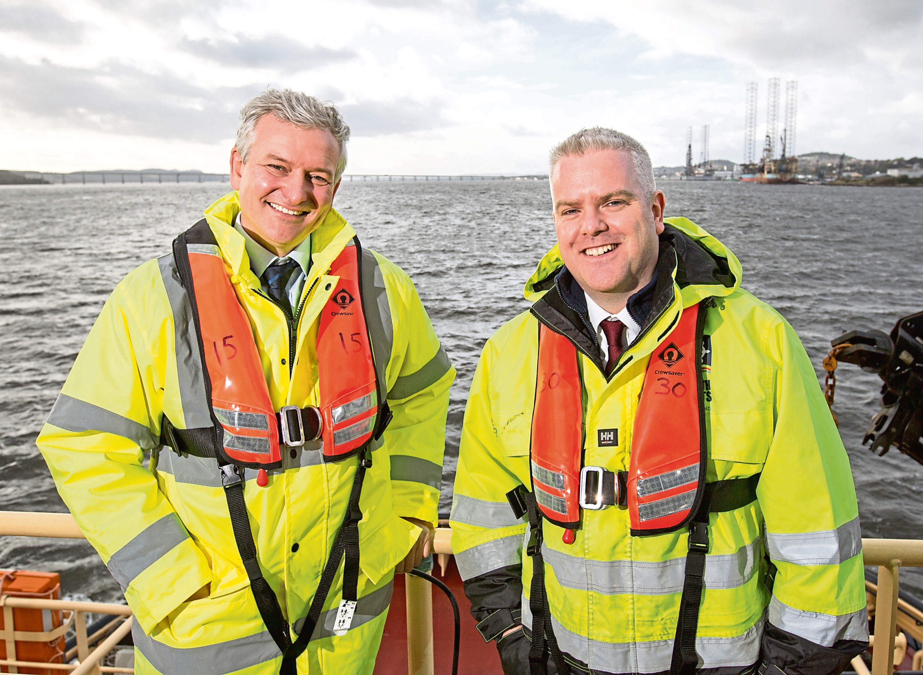 Matthias Haag, NnG project director, and David Webster of Forth Ports.