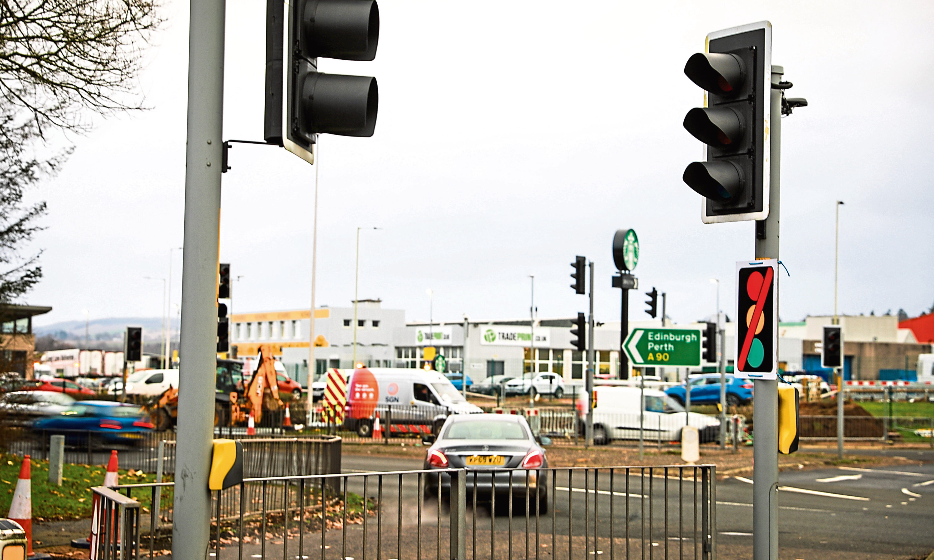 Traffic lights out on Myrekirk Road at the circle on Monday.