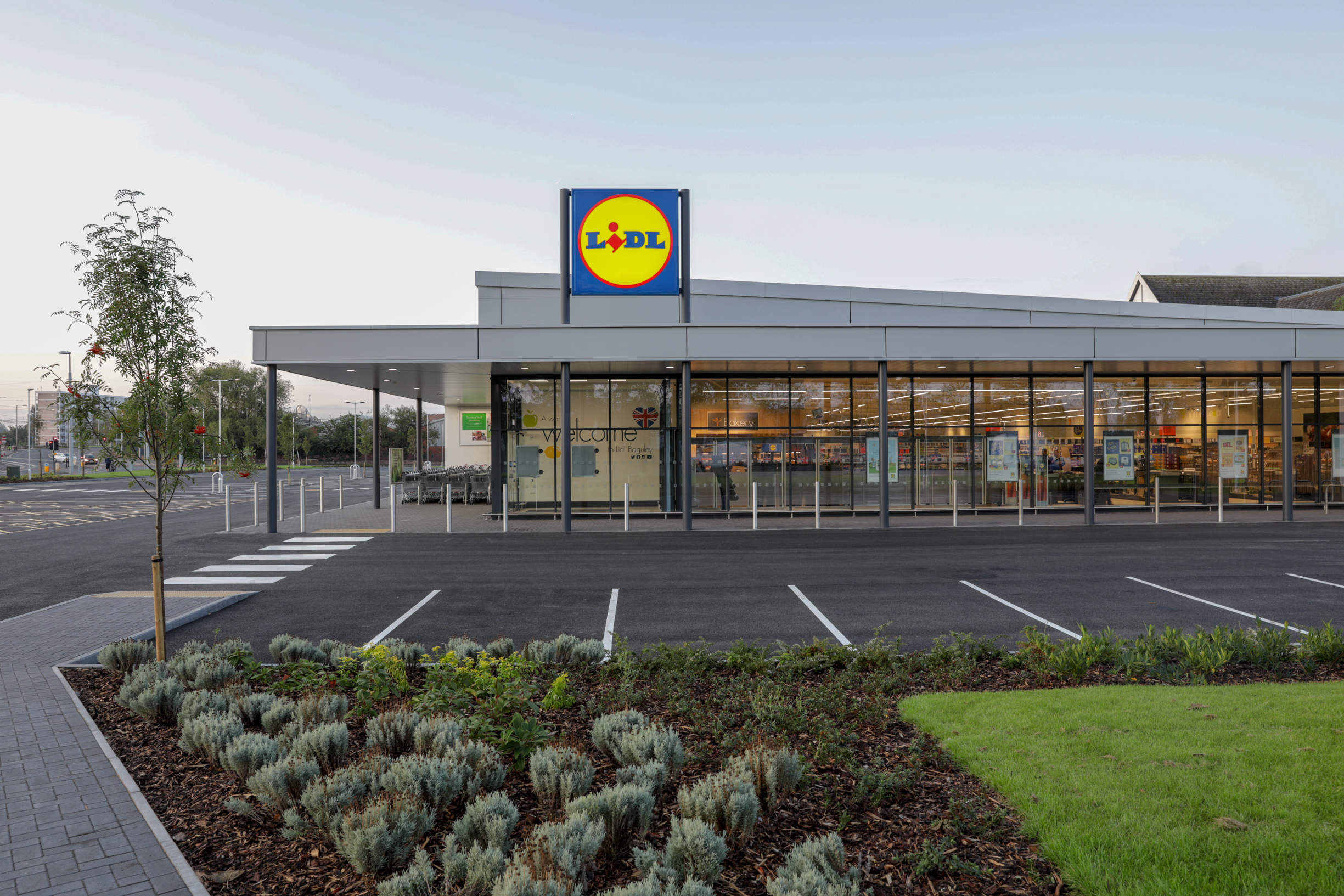 Lidl has had a bid to expand its booze offering at a new store rejected.