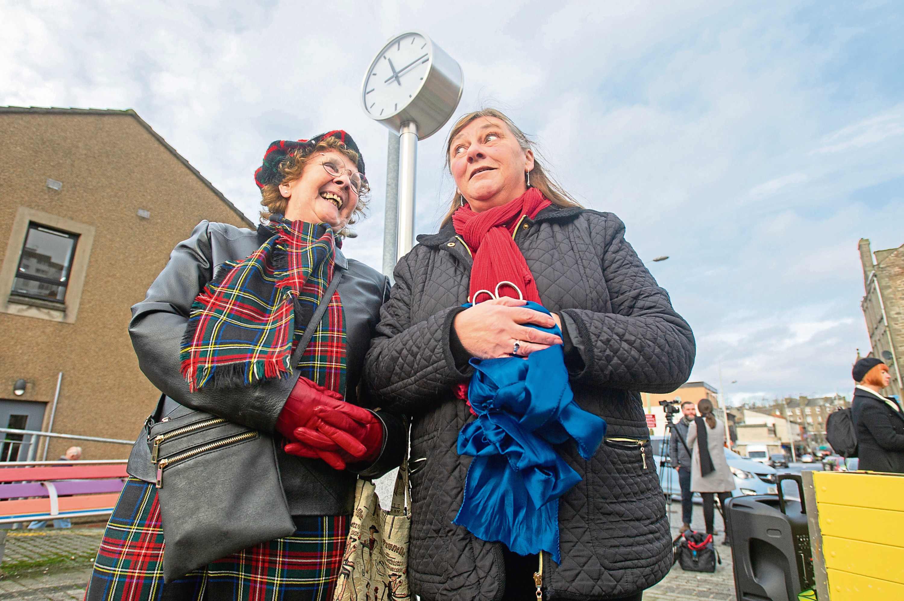 Stella Carrington and Joan Rodger performed the ribbon cutting.