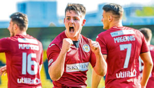 Dundee new boy Danny Mullen says pressure is all on Hearts in Championship in 2020/21 as the two clubs prepare to go head to head