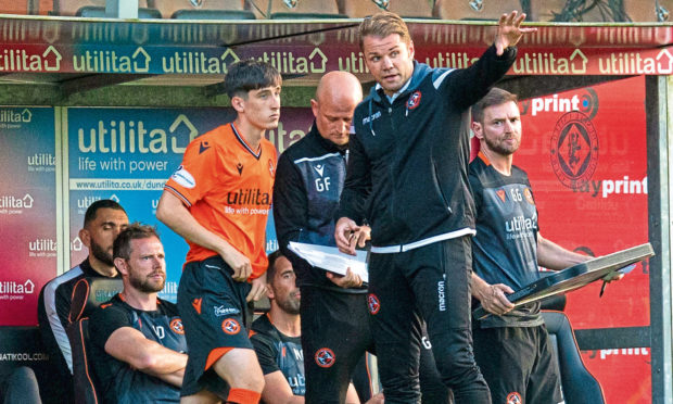 Chris Mochrie (left) with manager Robbie Neilson.